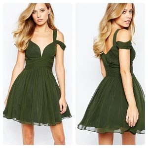 Forever Unique Sweetheart Mini Dress in Green